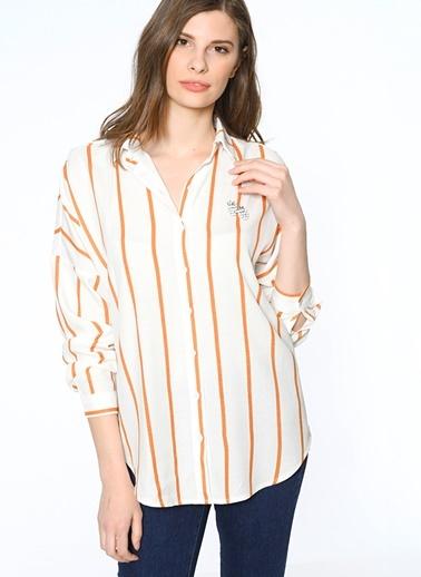 Gömlek-Twist